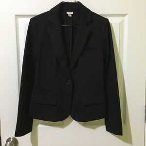 Cropped Black Fitted Blazer